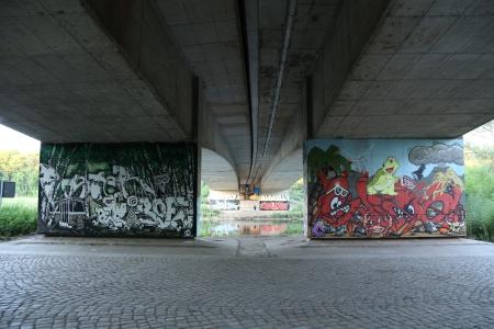 Halle Elizabeth Saalebrücken